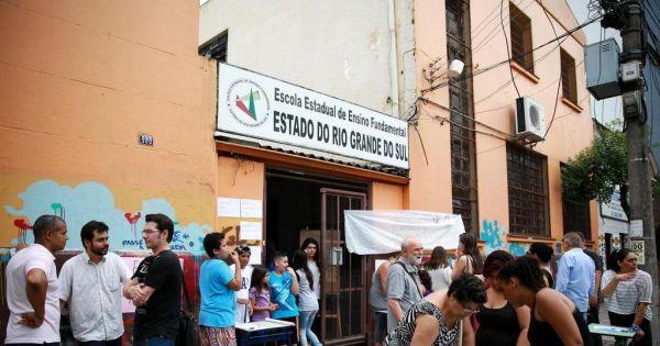 Comunidade contra a mudança de endereço da Escola E. de E. Fundamental do Estado do Rio Grande do Sul