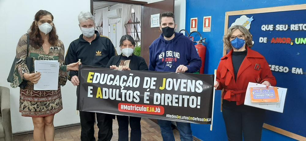 Caravana pela EJA - Escolas podem não ter mais a modalidade